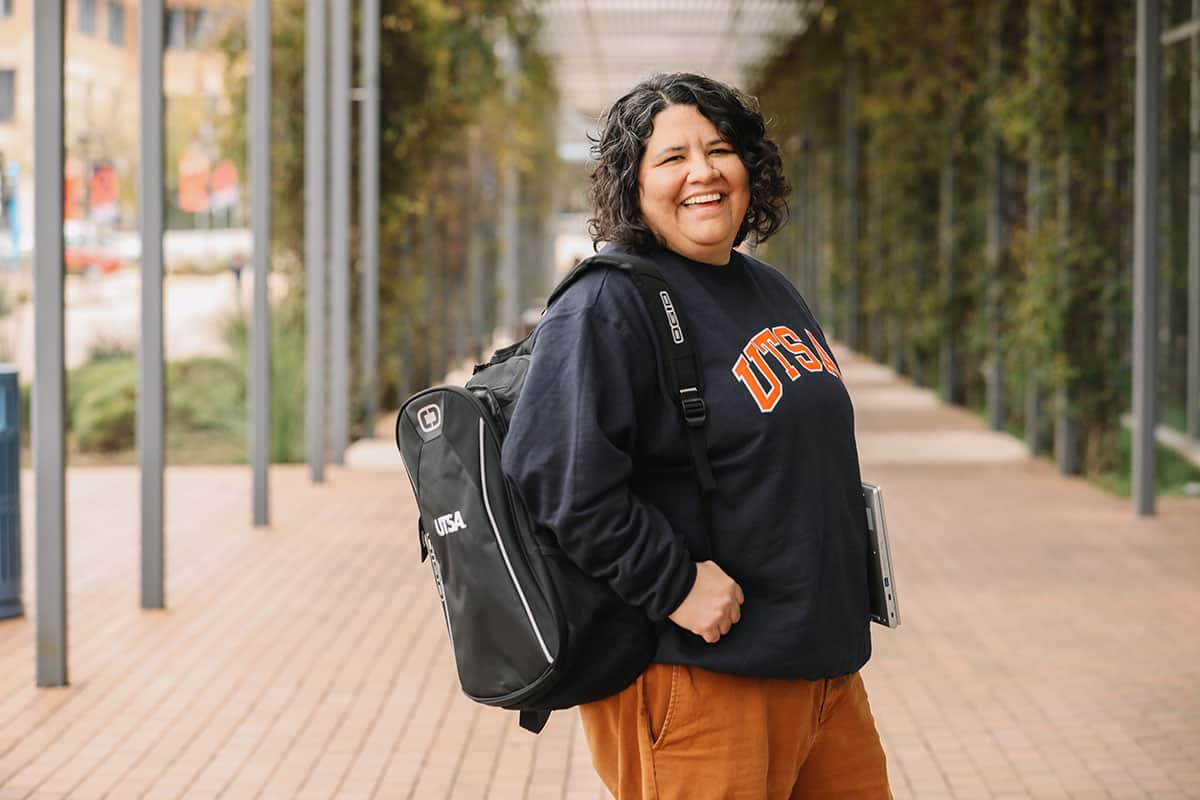 UTSA Online Student with Backpack
